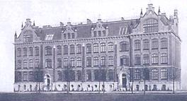 Baugewerk- und Maschinenbauschule ab April 1898. Jetzt polnisches Lyzeum.