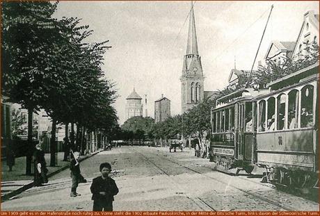 Hafenstraße mit Wassertürmen & Pauluskirche (um 1909)