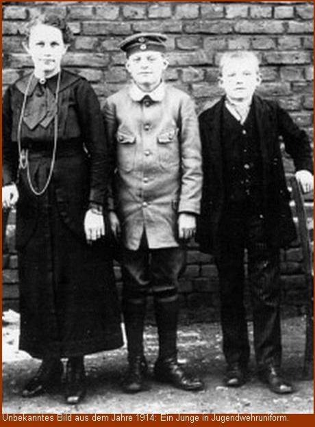 Jugendwehruniform