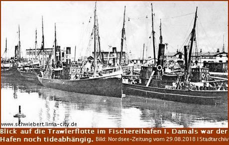 Blick auf die Trawlerflotte im Fischereihafen